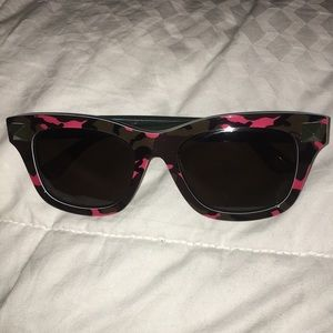 Valentino pink/green camouflage sunglasses
